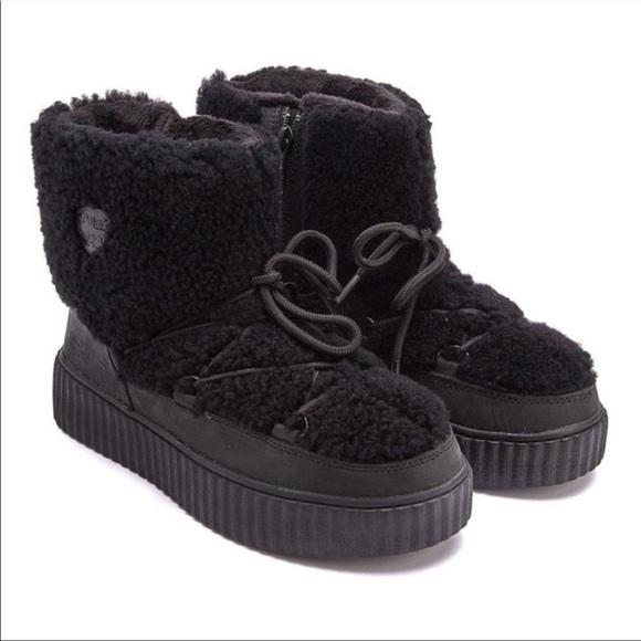 Pajar Canada Ceria Sherpa Black Boots 9